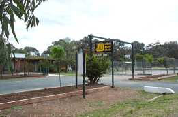 River Village Motel  Holiday Units - Accommodation VIC