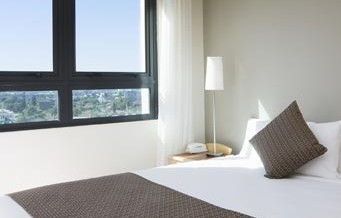 Pacific International Suites Parramatta - Accommodation VIC