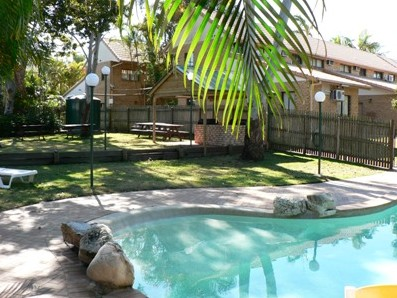 Comfort Inn & Suites Robertson Gardens - Accommodation VIC