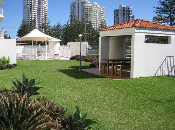 Golden Sands Holiday Apartments - Accommodation VIC