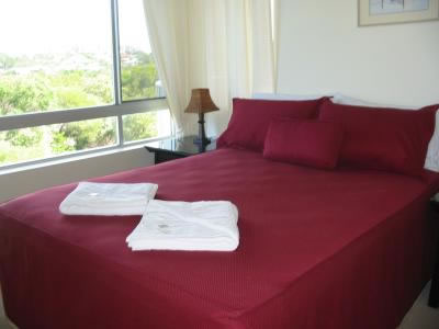 Estoril On Moffat Holiday Apartments - Accommodation VIC