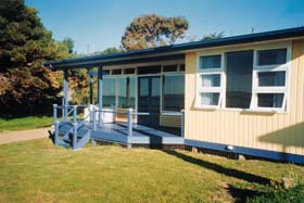 Eskavy Beach House - Accommodation VIC