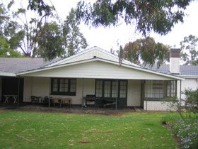 Naracoorte Cottages - Pinkerton Hill - Accommodation VIC