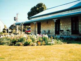 Robe House - Accommodation VIC