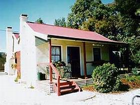 Trinity Cottage - Accommodation VIC