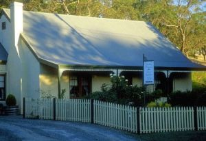 Country Pleasures Bed and Breakfast - Accommodation VIC