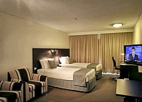St Ives Hotel - Accommodation VIC