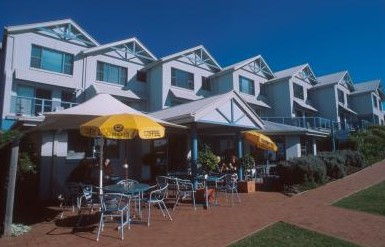 Breakers Apartments Mollymook - Accommodation VIC