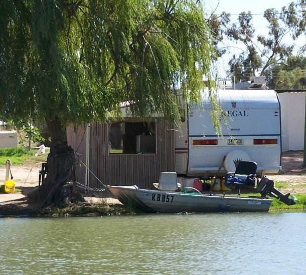 Willow Bend Caravan Park - Accommodation VIC