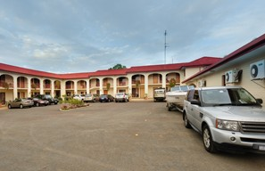 Club Motor Inn Narrandera - Accommodation VIC