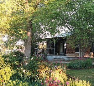 Amazing Country Escapes - Evanslea By The River - Accommodation VIC
