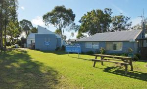 Huskisson Holiday Cabins - Accommodation VIC