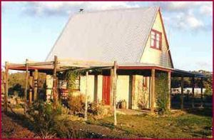 Elinike Guest Cottages - Accommodation VIC