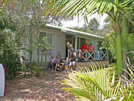 One Mile Beach Holiday Park - Accommodation VIC