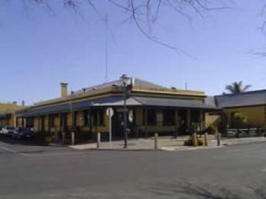Woolshed Inn Hotel - Accommodation VIC