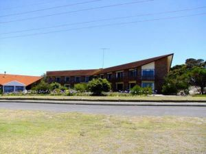 Comfort Inn Wisteria Lodge - Accommodation VIC