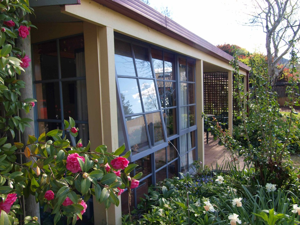 Bright Highland Valley Cottages - Accommodation VIC