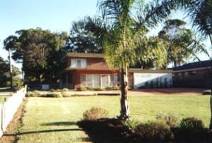 Seaview Holiday Apartments - Accommodation VIC