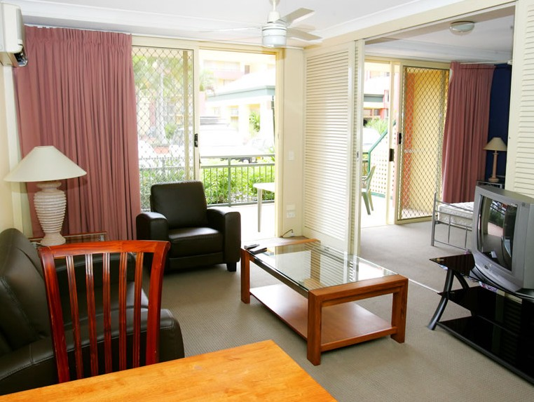 Paradise Island Resort - Accommodation VIC