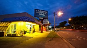 Sarina Motor Inn - Accommodation VIC