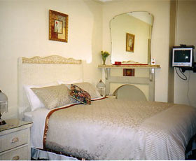 Boutique Motel Sefton House - Accommodation VIC