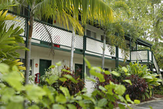 All Seasons Cairns Gateway Resort - Accommodation VIC