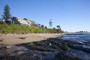 Oceanfront Motel - Accommodation VIC