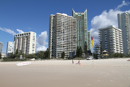 Hi Surf Beachfront Resort Apartments - Accommodation VIC