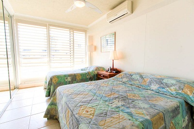 Seacrest Beachfront Holiday Apartments - Accommodation VIC