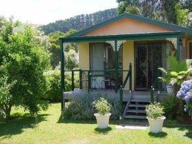 Ripplebrook Cottage - Accommodation VIC