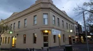 Naughtons Parkville Hotel - Accommodation VIC