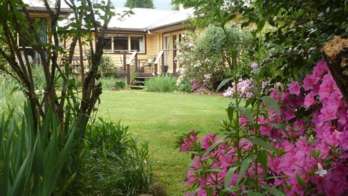 Annie's Garden Retreat - Accommodation VIC
