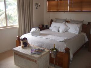 Ayr Bed and Breakfast on McIntyre - Accommodation VIC