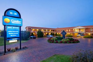 Comfort Inn  Suites King Avenue - Accommodation VIC
