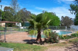 Lake Burrinjuck Leisure Resort - Accommodation VIC