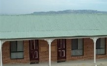 Gold Panner Motor Inn - Kelso - Accommodation VIC