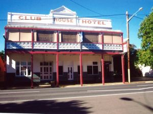Club House Hotel - Accommodation VIC