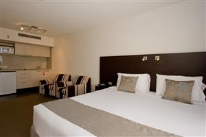 St Ives Motel Apartments - Accommodation VIC