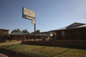 Koreela Park Motor Inn - Accommodation VIC