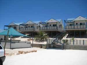 Oceanside Village - Accommodation VIC
