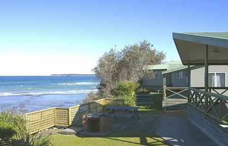 Berrara Beach Holiday Chalets - Accommodation VIC