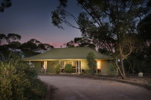 Riverbush Cottages - Accommodation VIC