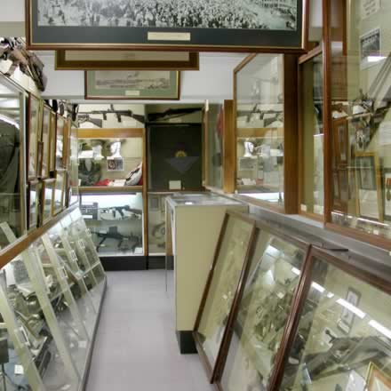 Queensland Military Memorial Museum - Accommodation VIC
