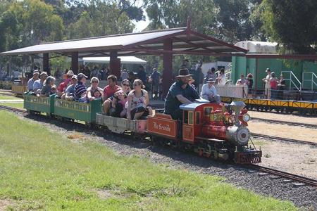 Altona Miniture Railway - Accommodation VIC