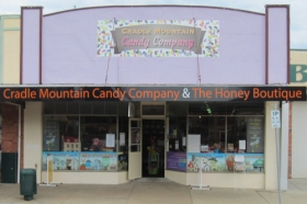 Cradle Mountain Candy Company and Honey Boutique - Accommodation VIC
