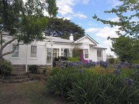 Home Hill - Accommodation VIC