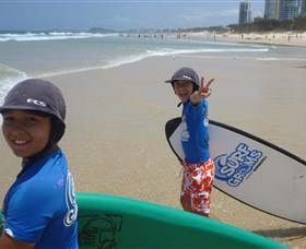 Broadbeach Surf School - Accommodation VIC