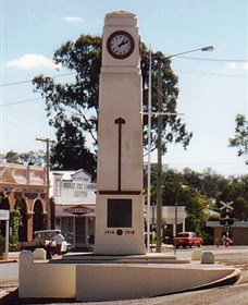 Goomeri War Memorial Clock - Accommodation VIC