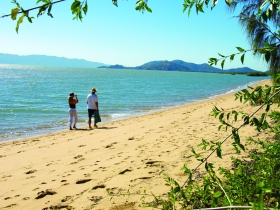 Bushland Beach - Accommodation VIC