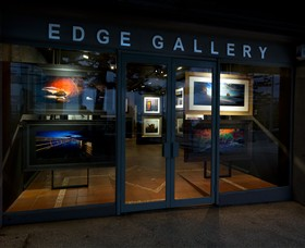 Edge Gallery Lorne - Accommodation VIC